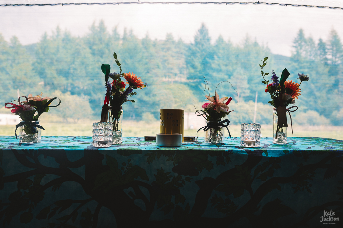 DIY artificial festival flowers at Knockengorroch Wedding in Scotland | Kate Jackson Photography