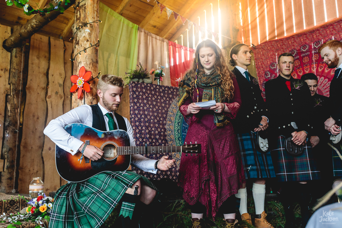 Singing and live guitar at festival wedding in Scotland | Kate Jackson Photography