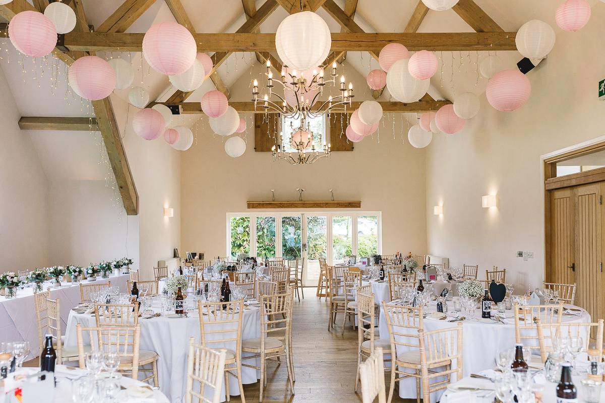 Image of fun and natural summer decor | Hyde Barn Weddings