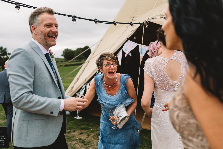 Jackie-Brent-Tipi-Wedding-Sneak-Peek-15.jpg