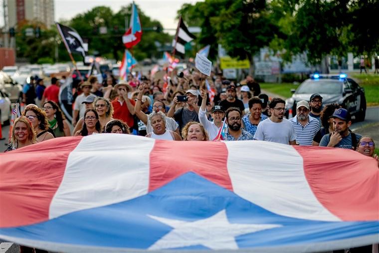 Photo by Ricardo Arduengo/AFP