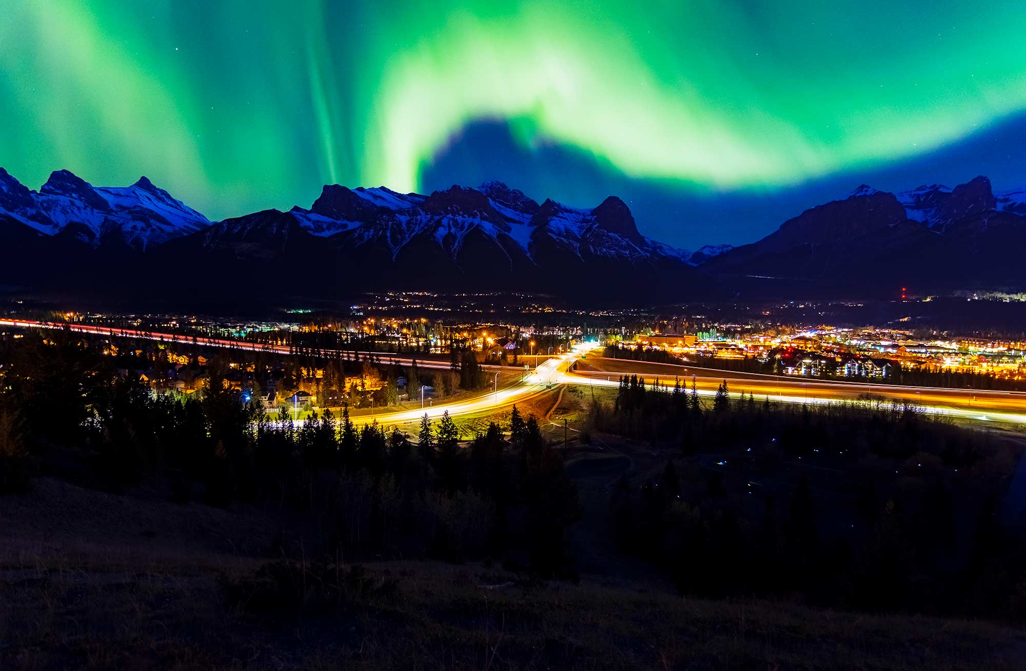 canmore-christmas-hotel-deals.jpg