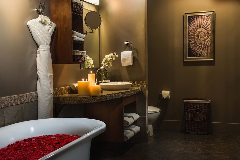 Solara-Resort-Spa-Spa-Bathroom.jpg