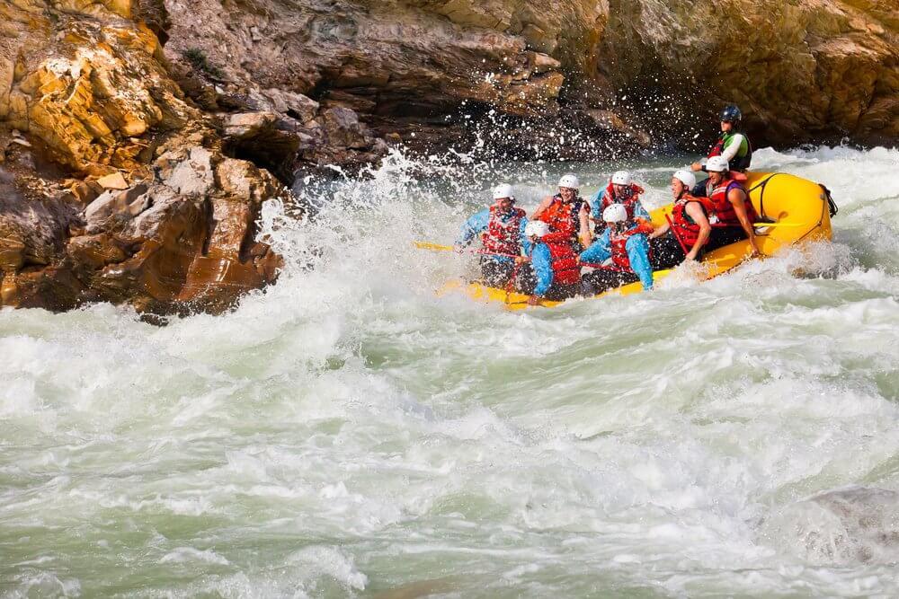 Golden-BC-activities-rafting-2.jpg