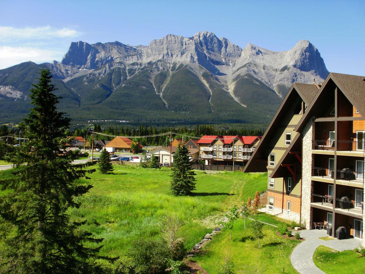 Grande Rockies Resort -