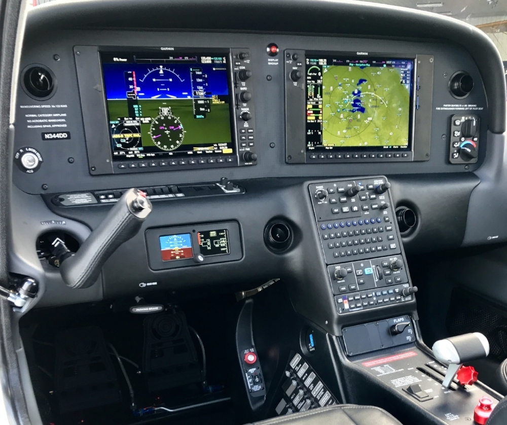 Cirrus Perspective+ featuring Garmin's latest G1000 NXi integrated flight deck.