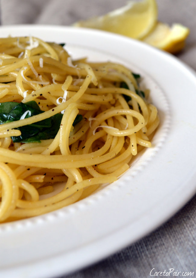 Easy Lemon Spaghetti Paired with a German Hefeweizen Beer Pairing | CaretoPair.com