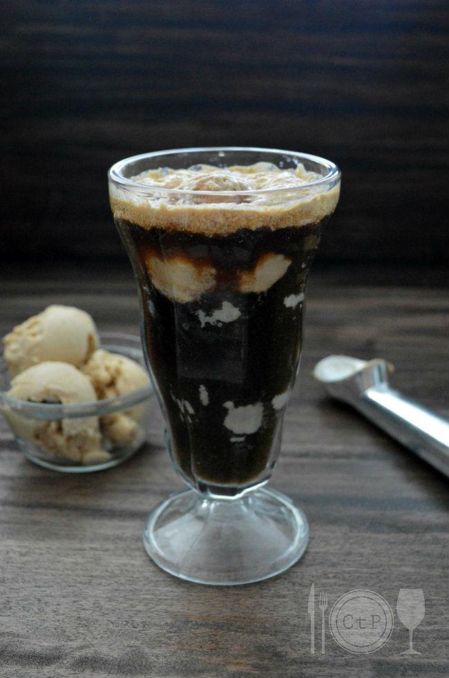 Peanut Butter Ice Cream Beer Float. Just make peanut butter ice cream and pour in the beer! soooo good. | CaretoPair.com