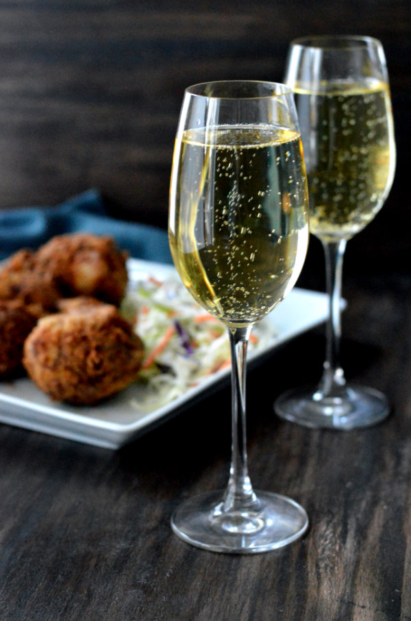 What Wine Should you Pair with Fried Chicken? Bubbles! Get this fried chicken wine pairing whether you're ordering out or making fried chicken at home.
