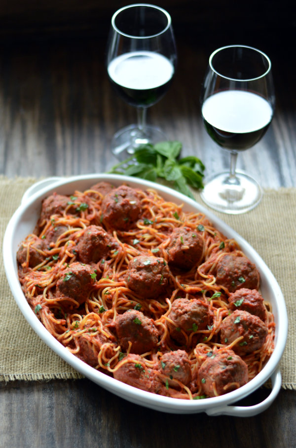 Homemade Spaghetti and Meatballs and Wine?! Yes please. The best wine to pair with Spaghetti and Meatballs are high-acid Italian Varietals like Sangiovese and Barbera   CaretoPair.com