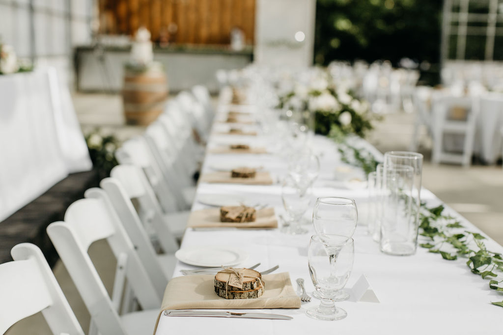 Outdoor Wedding | Photo credit: Karyn Louise Photography
