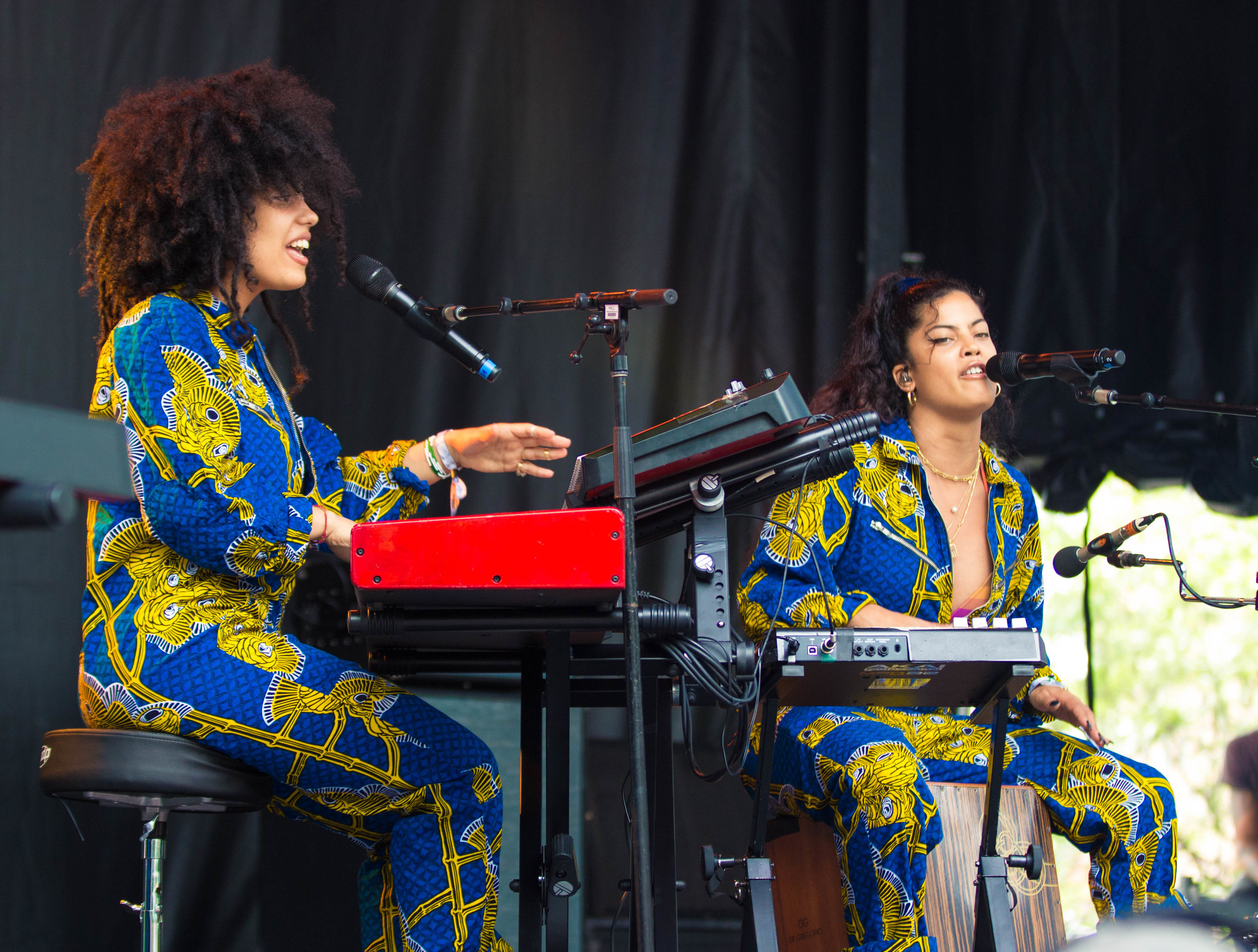 Lisa-Kaindé and Naomi Diaz of Ibeyi