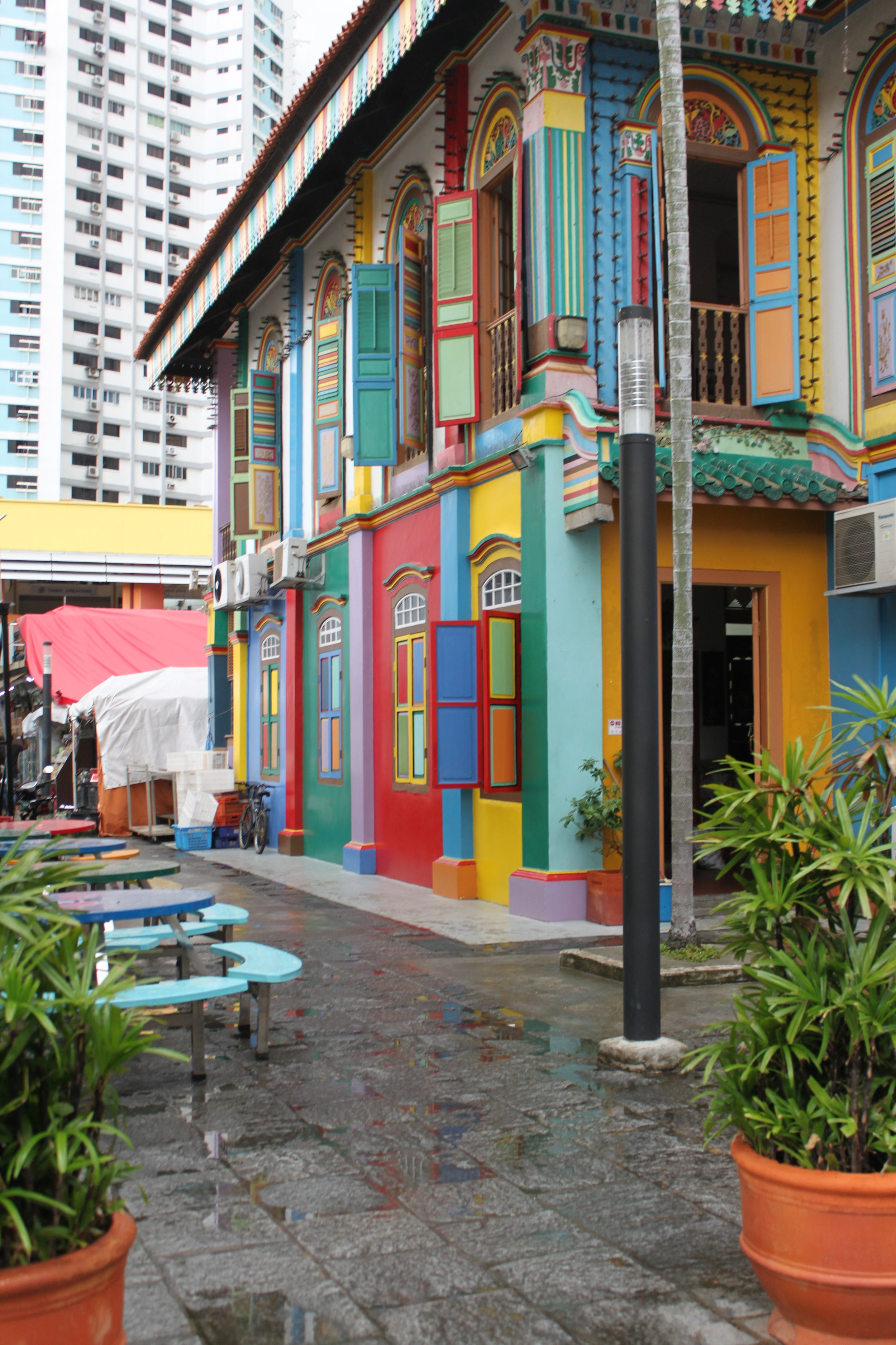 The vibrant colours of Little India