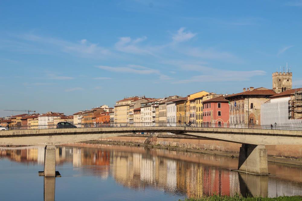 Travel guide Pisa Italy