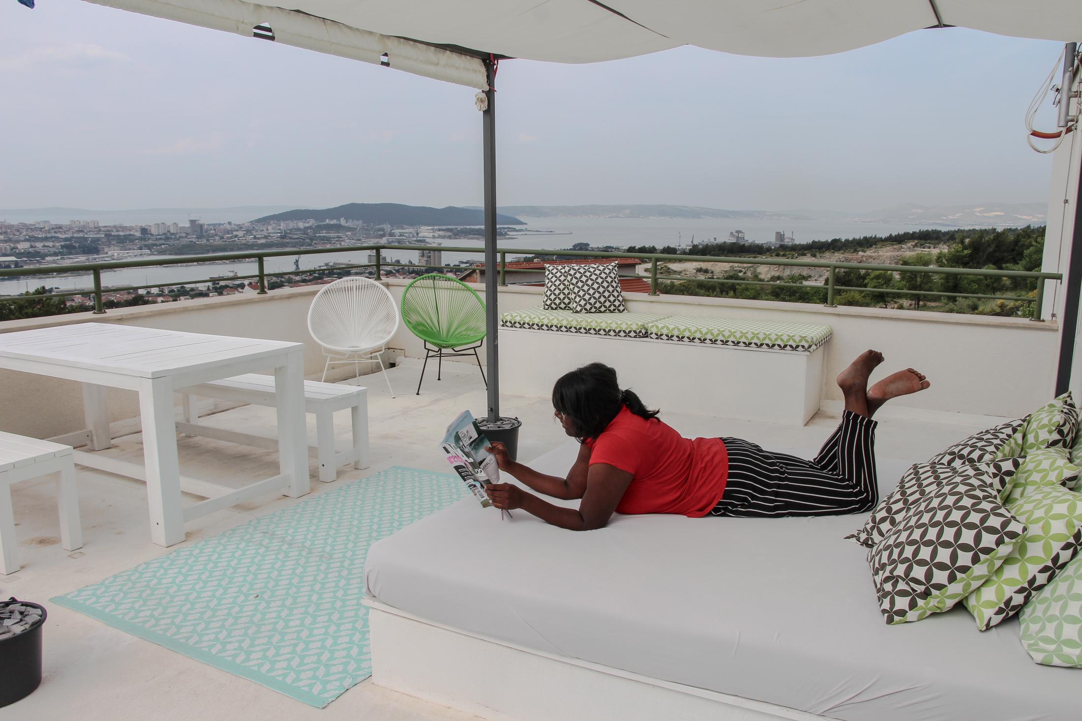 Enjoying the rooftop. ft. @ jyotsnadj