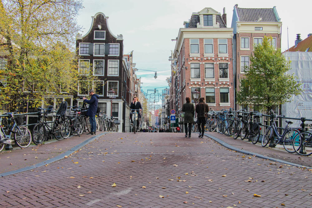 amsterdam-first-time-waht-to-do.jpg