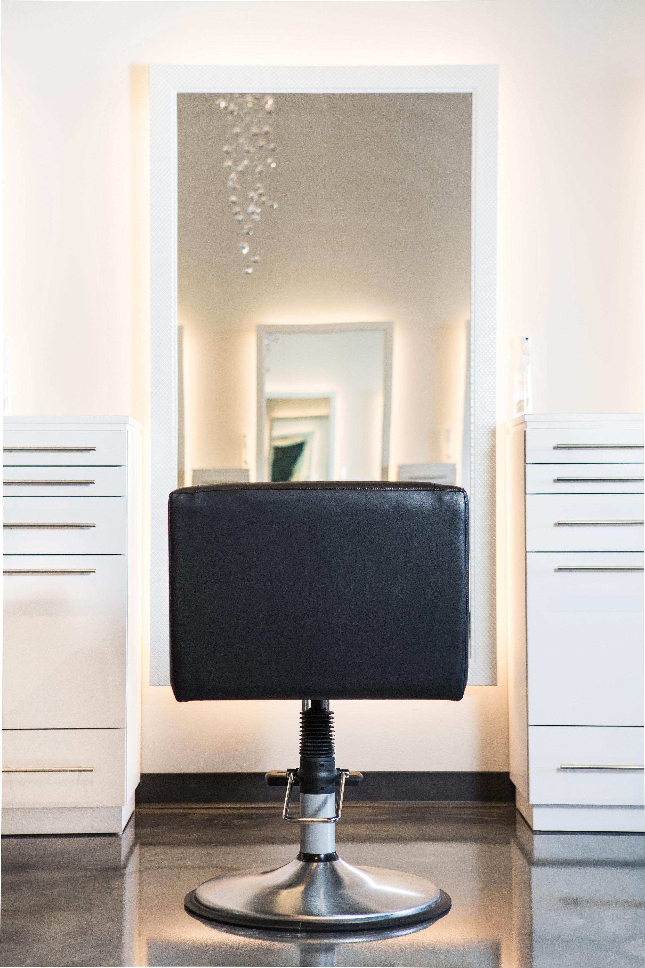 Hermosa Salon-15.jpg