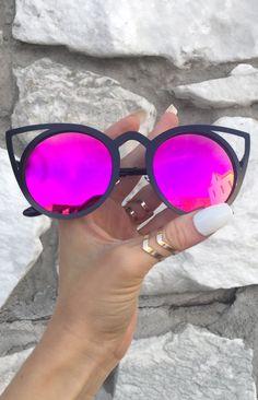 c211e55d7166ab43e933b660cc37985e--purple-sunglasses.jpg