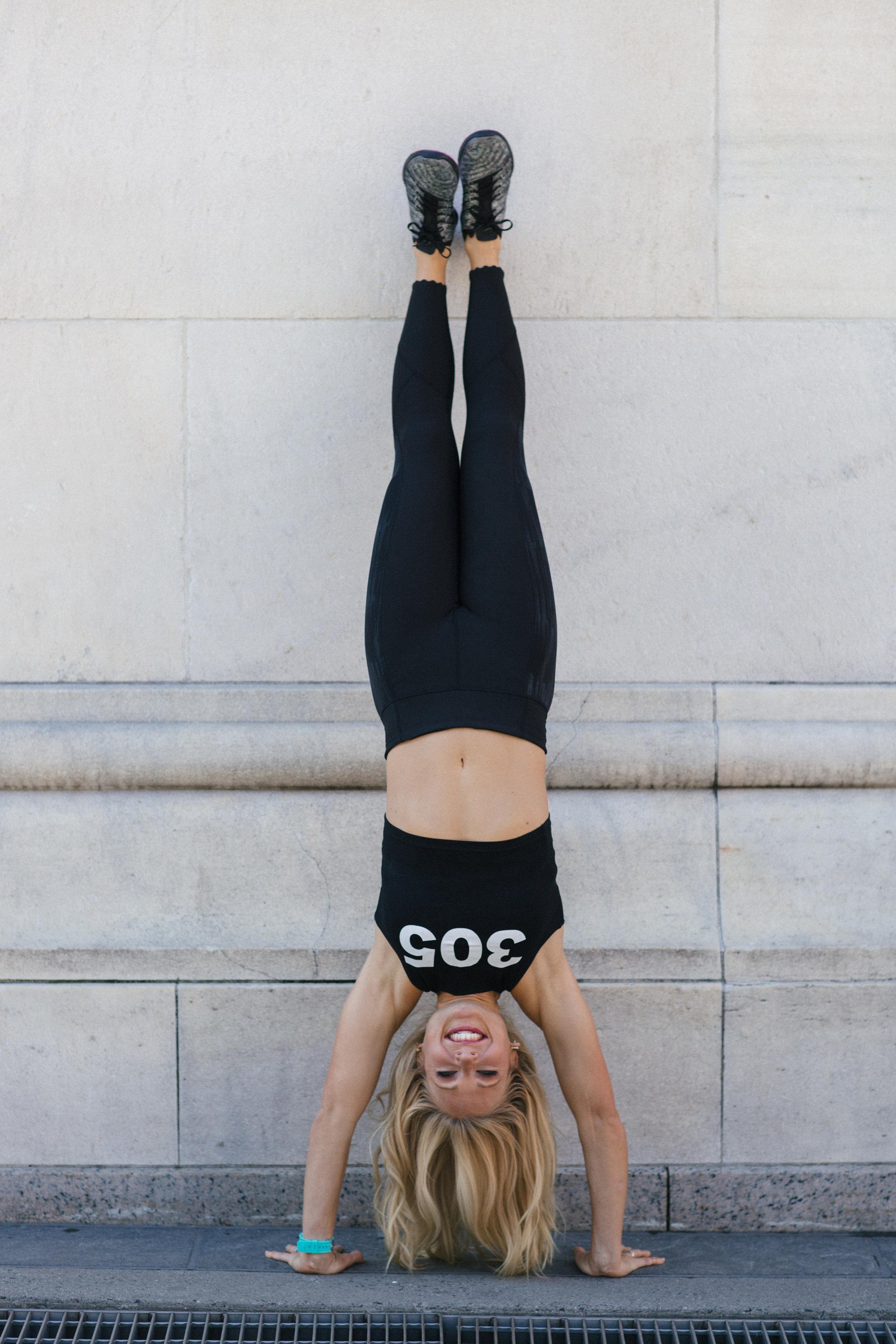 Anna Kooiman NYC Handstand Washington Square Park New York City fashion Lydia Hudgens