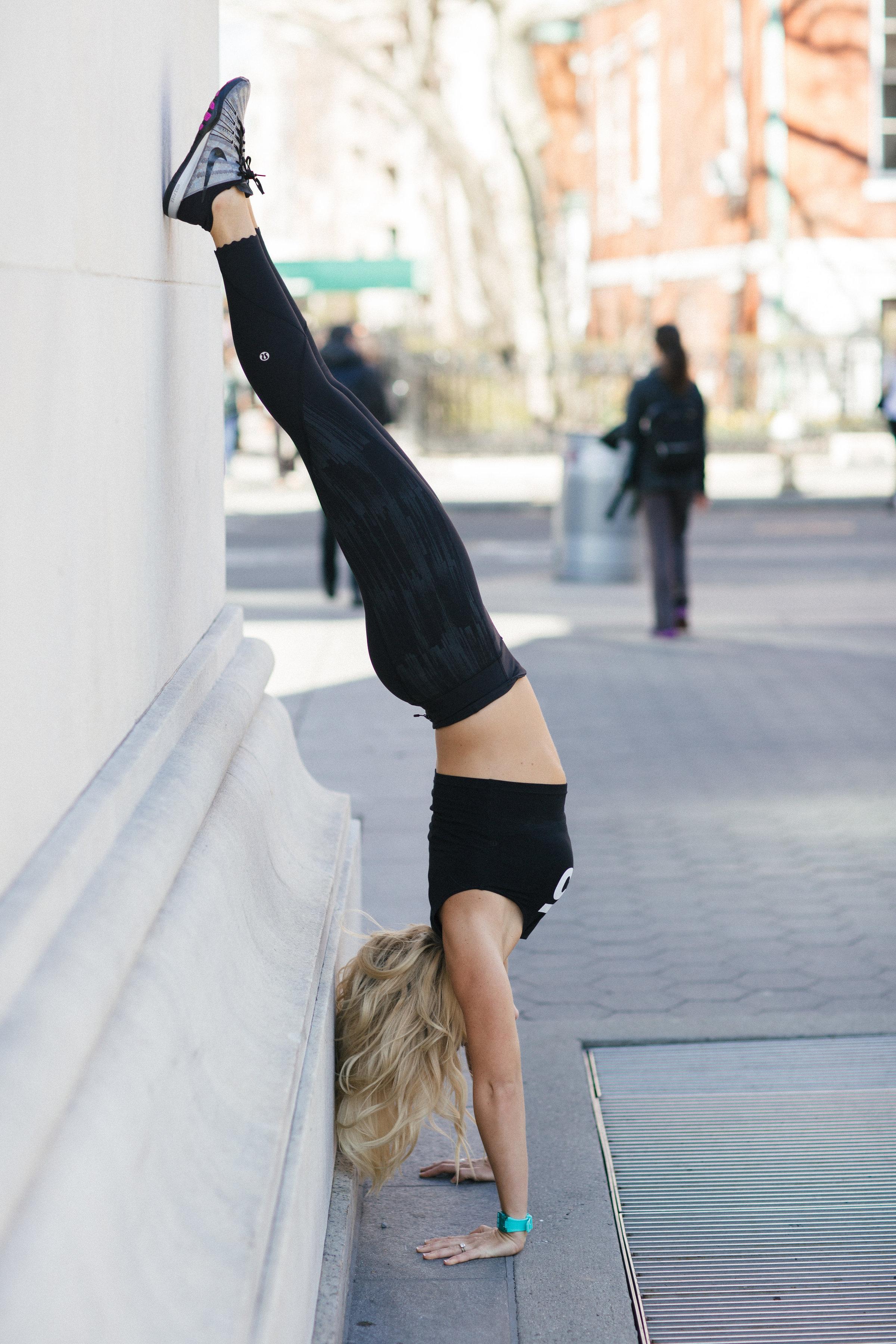 Anna Kooiman handstand washington square park side nye lydia hudgens
