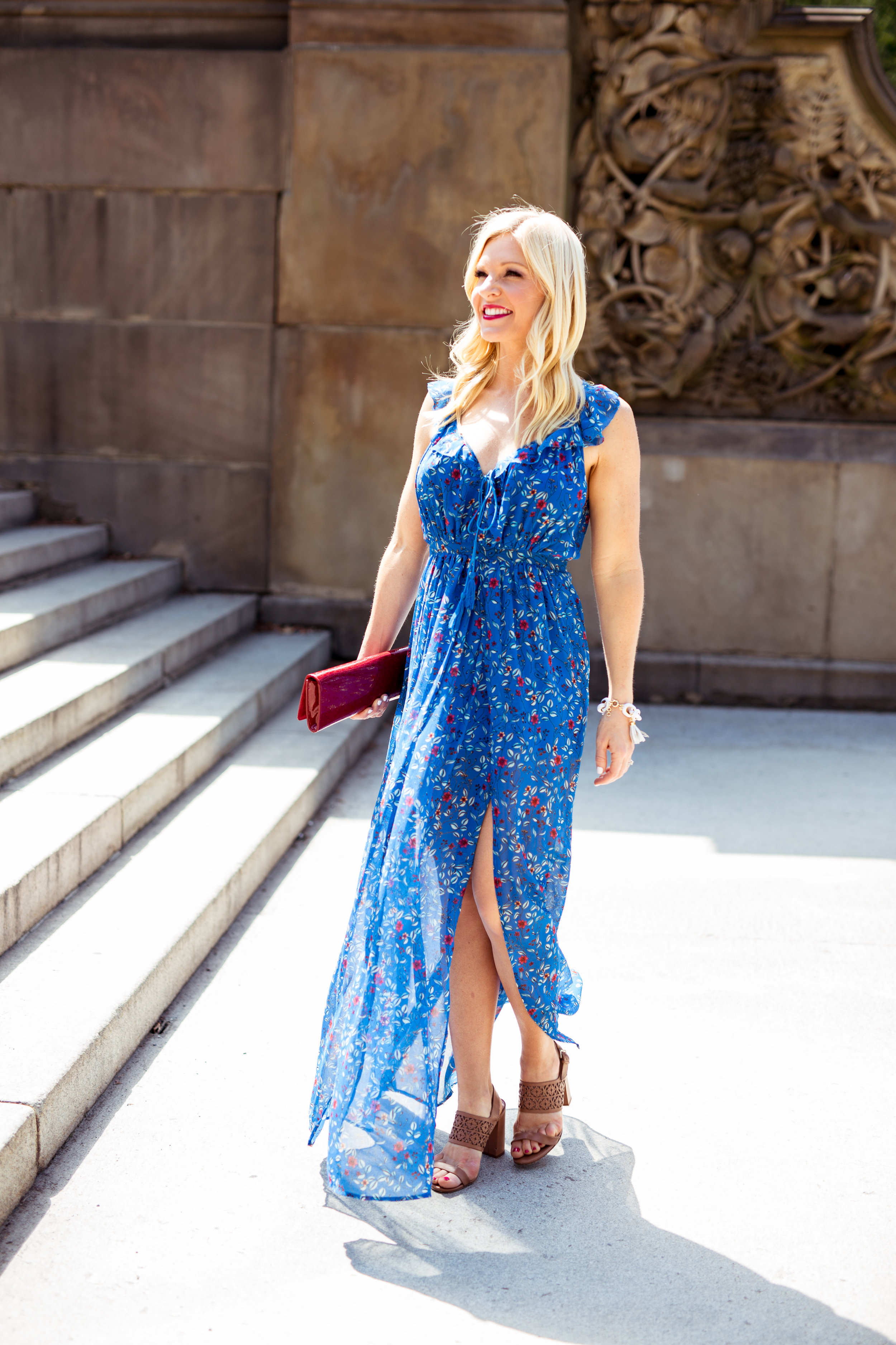 Anna Kooiman AnnaKooiman.com fitness travel lifestyle fashion dress to impress style new york city the pink hanger charlotte outfit of the day look of the day nyc big apple maxi dress red lipstick