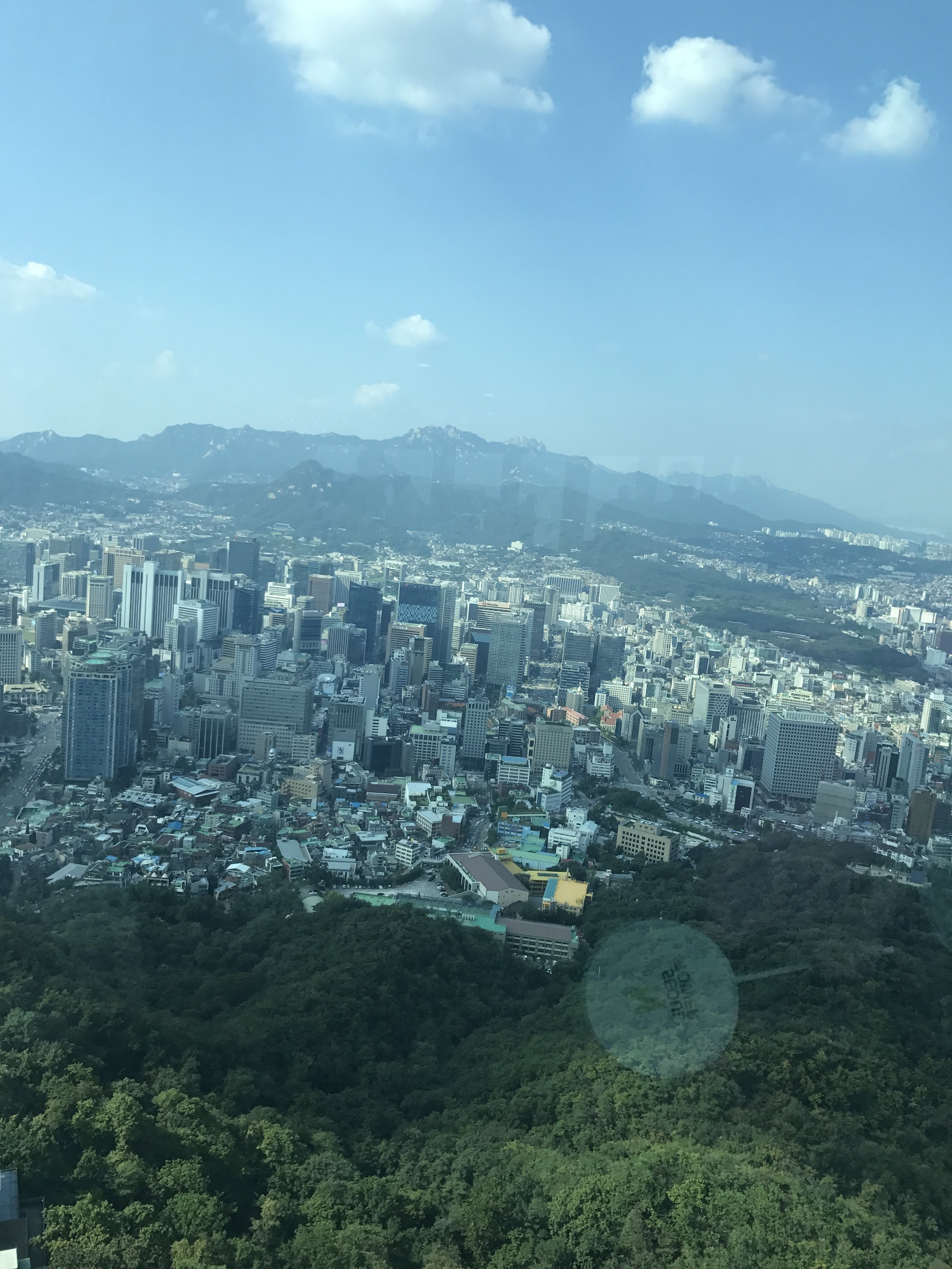 Anna Kooiman, annakooiman.com, fitness, travel, lifestyle, adventure, seoul, south korea, korea, where to go in korea, what to see in korea, what to see in Seoul, what to do in Seoul, how to plan a trip to seoul, planning a trip to seoul, plan a trip to seoul, top destinations in korea, dmv, jogyesa, palace, temple, intercontinental, hotels, IHG, COEX