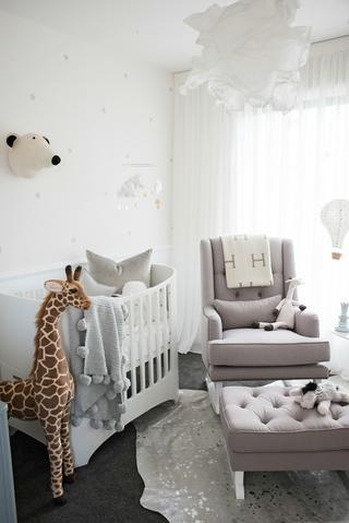 Anna Kooiman annakooiman.com how to choose the perfect nursing chair what to look for when picking a nursing chair