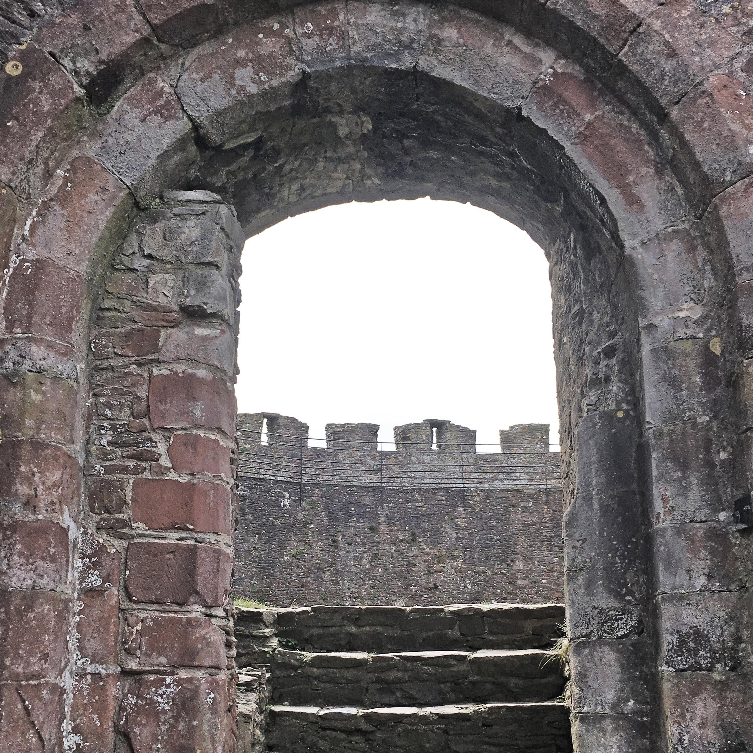 Totnes Castle 04.jpg