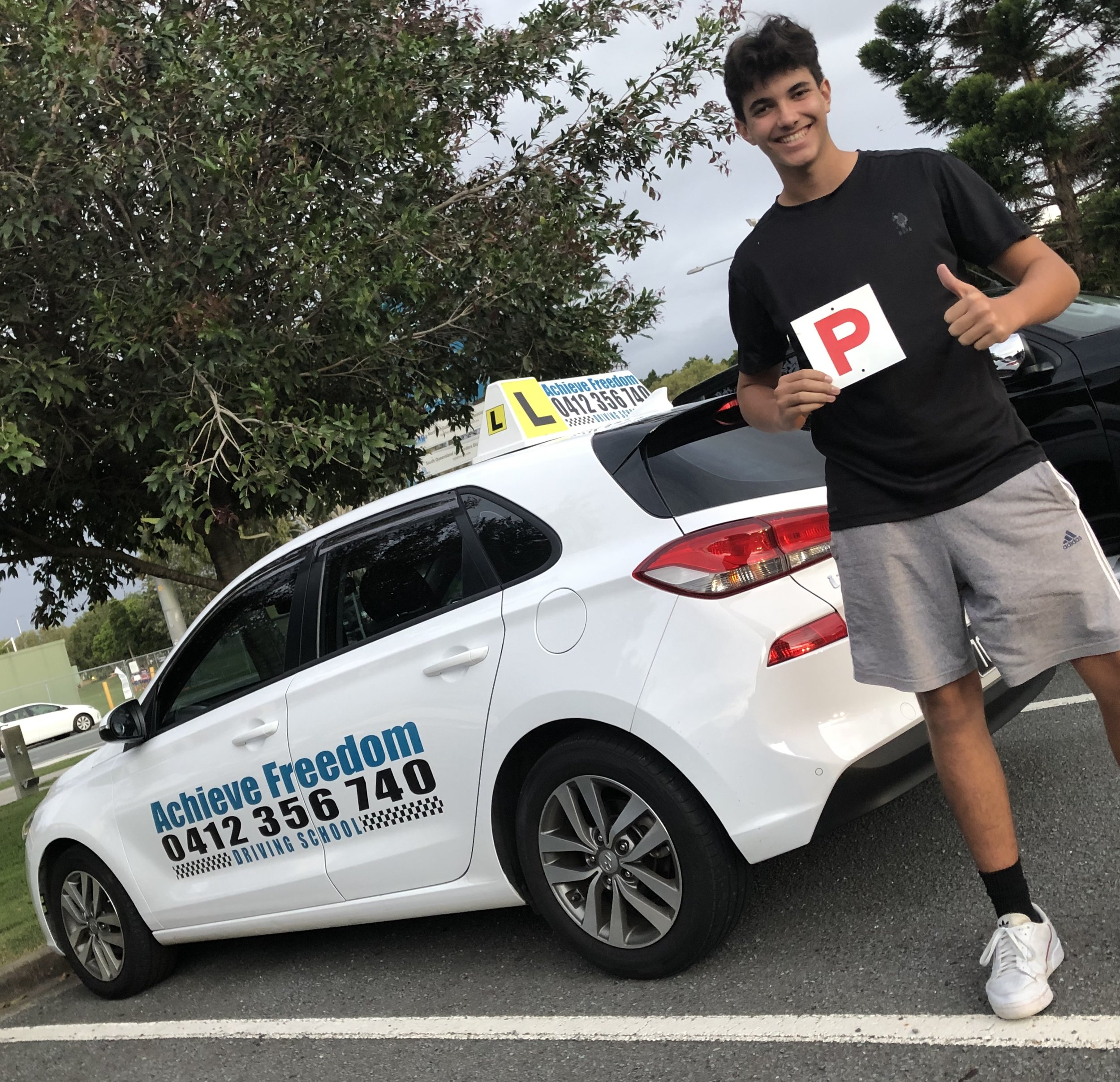 congratulations to Tomislav Ruzic on passing in the manual Hyundai i30 at the Southport driving test centre TMR. well done, drive safe buddy.