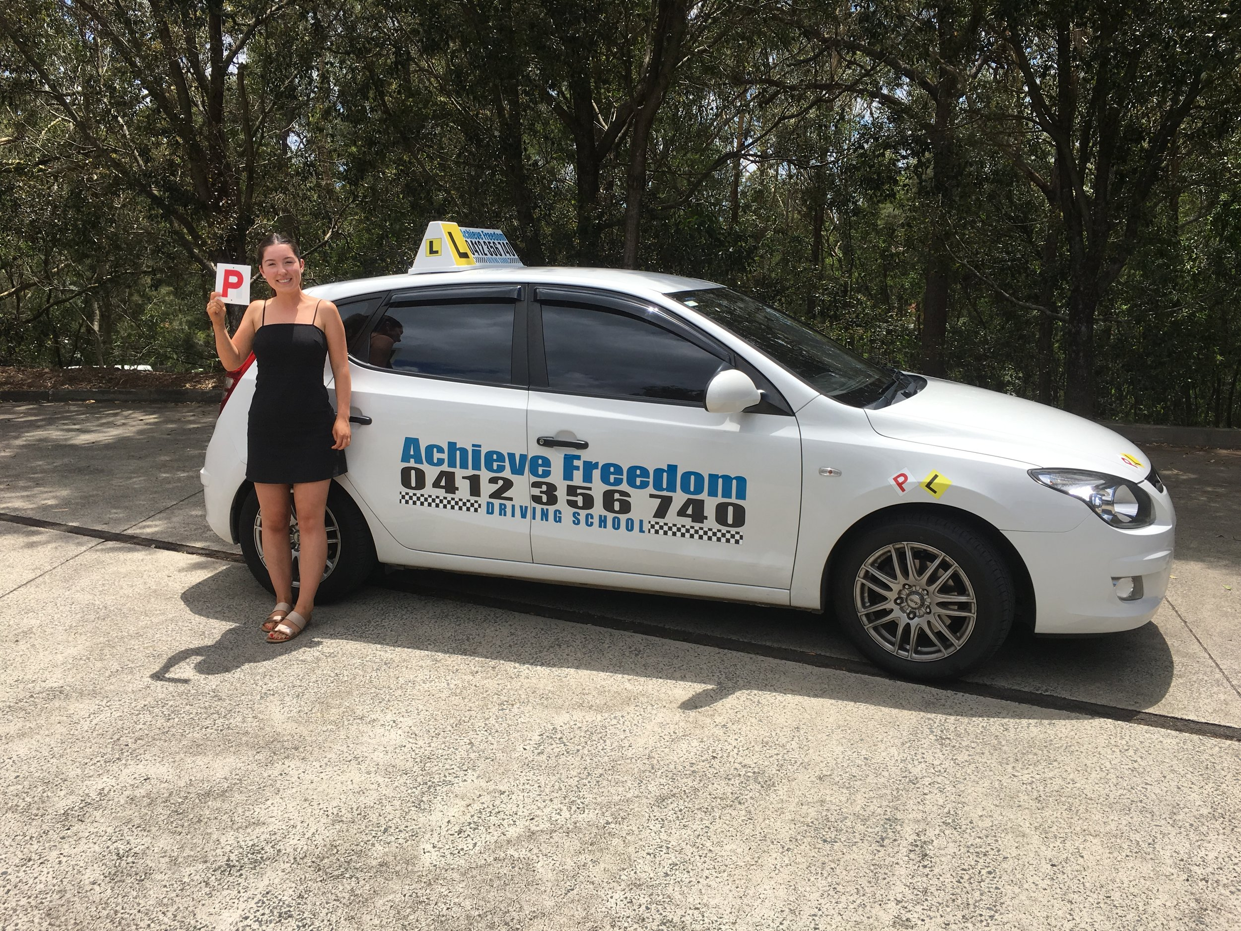 Charli Brayshaw passed her driving test at the Southport Transport and Main roads even though she was super nervous, the calm conversation we had before she went on her driving test on the Gold Coast,straight after she told me she felt relaxed and calm as she left the test centre due to my words of wisdom.