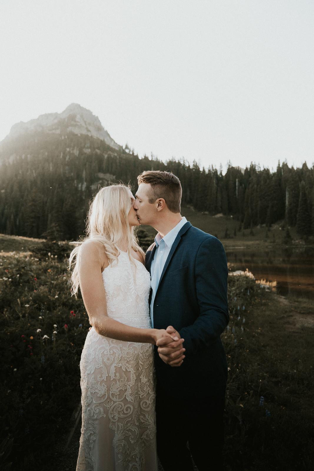 mt-rainier-tipsoo-lake-elopement