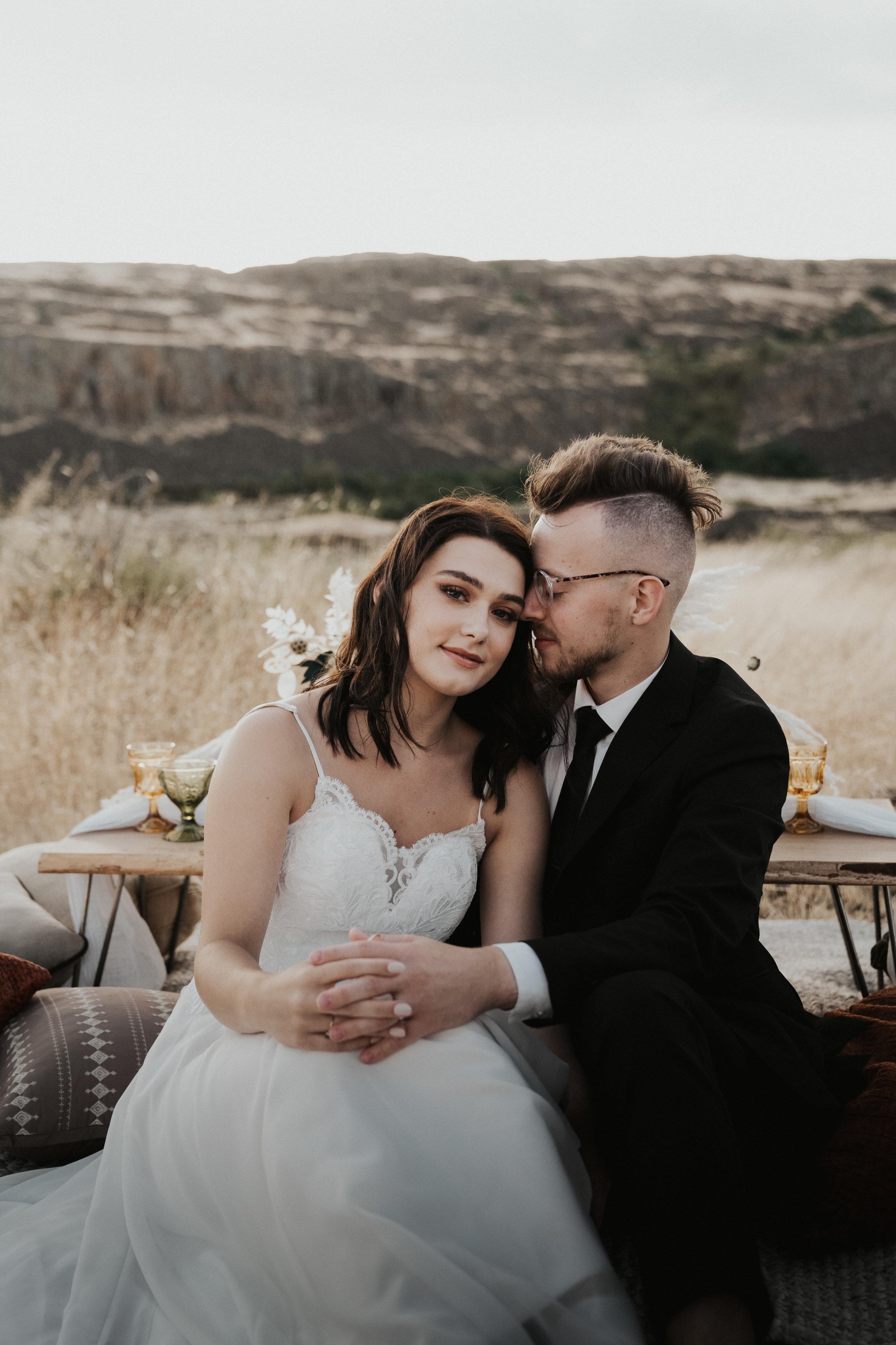columbia-river-gorge-wedding-elopement-inspiration-3.jpg