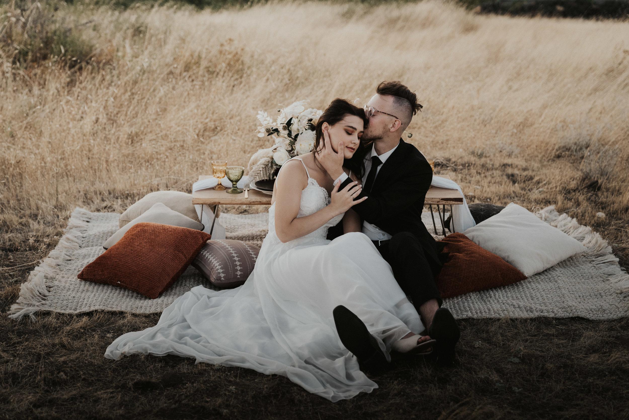 columbia-river-gorge-wedding-elopement-inspiration-8.jpg