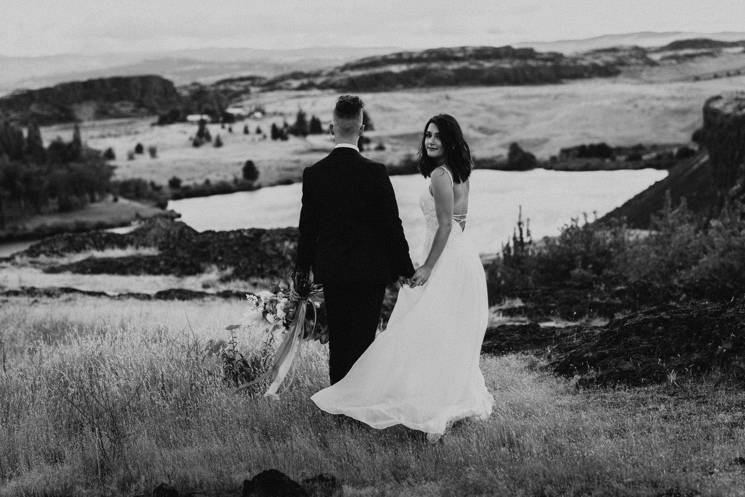 columbia-river-gorge-wedding-elopement-inspiration-34.jpg