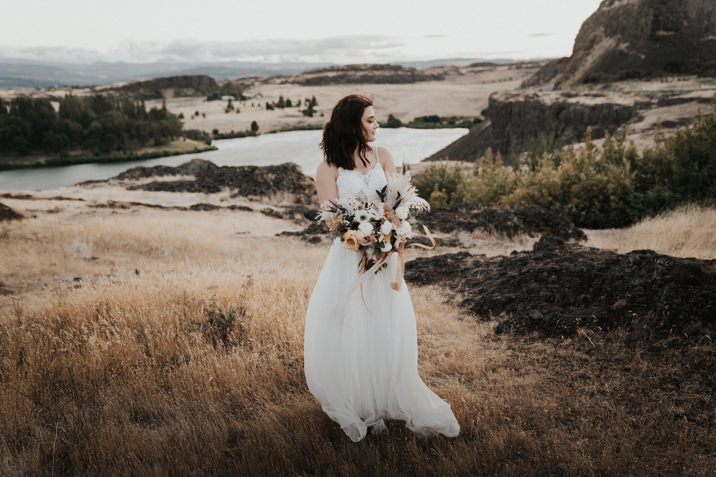 columbia-river-gorge-wedding-elopement-inspiration-36.jpg