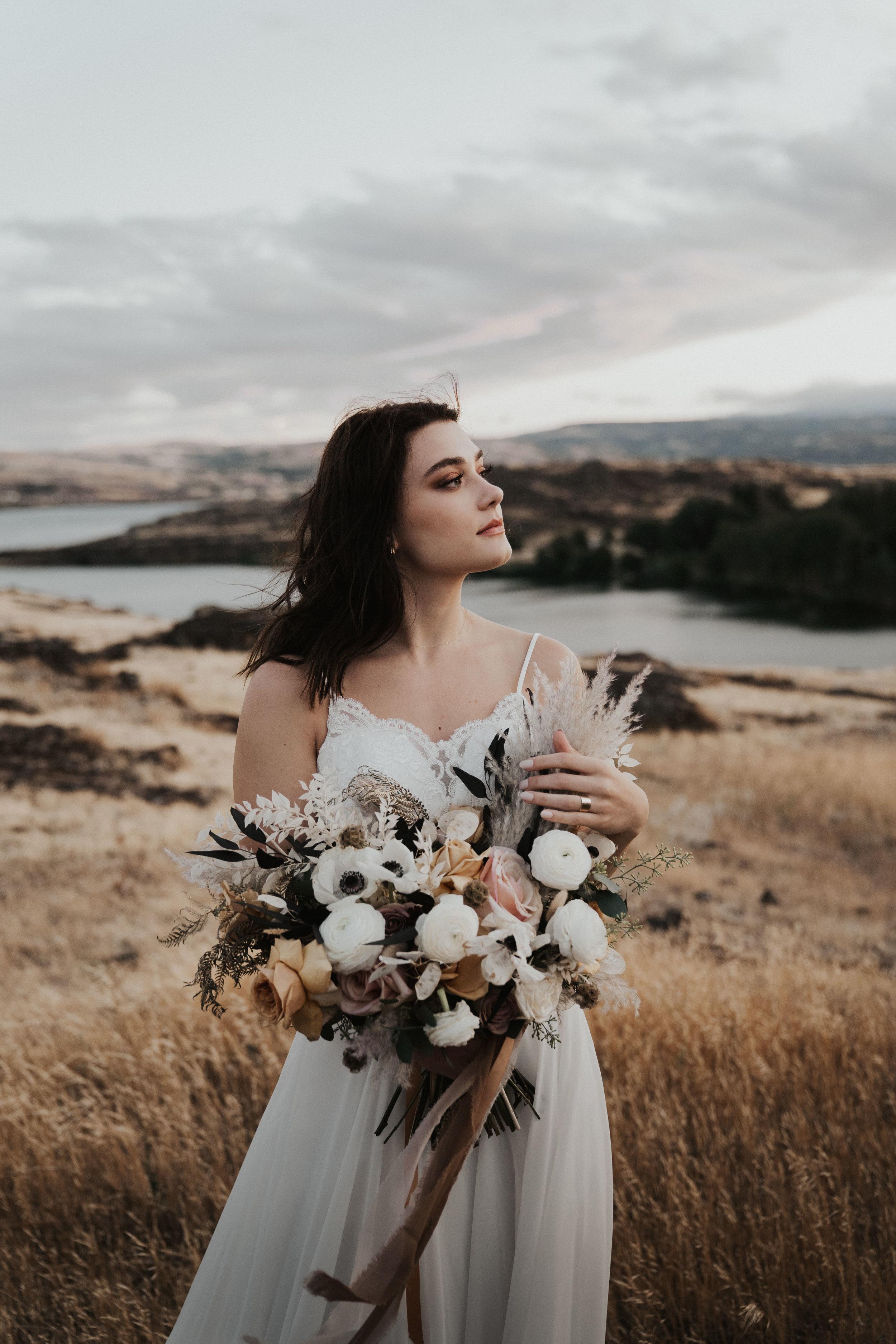 columbia-river-gorge-wedding-elopement-inspiration-39.jpg