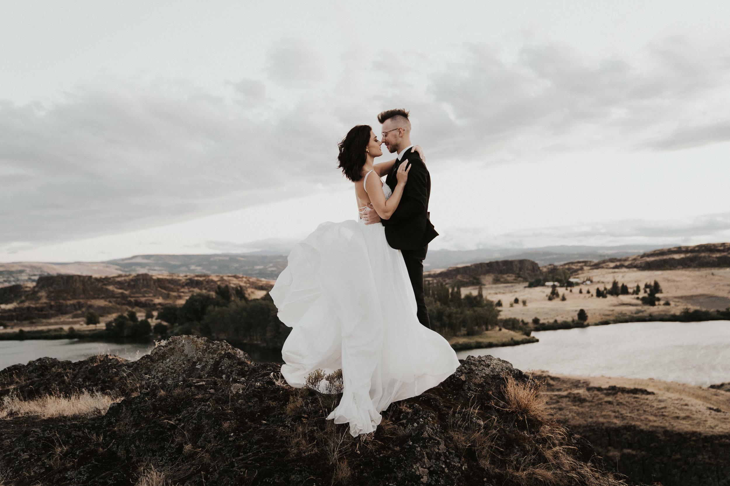 columbia-river-gorge-wedding-elopement-inspiration-45.jpg