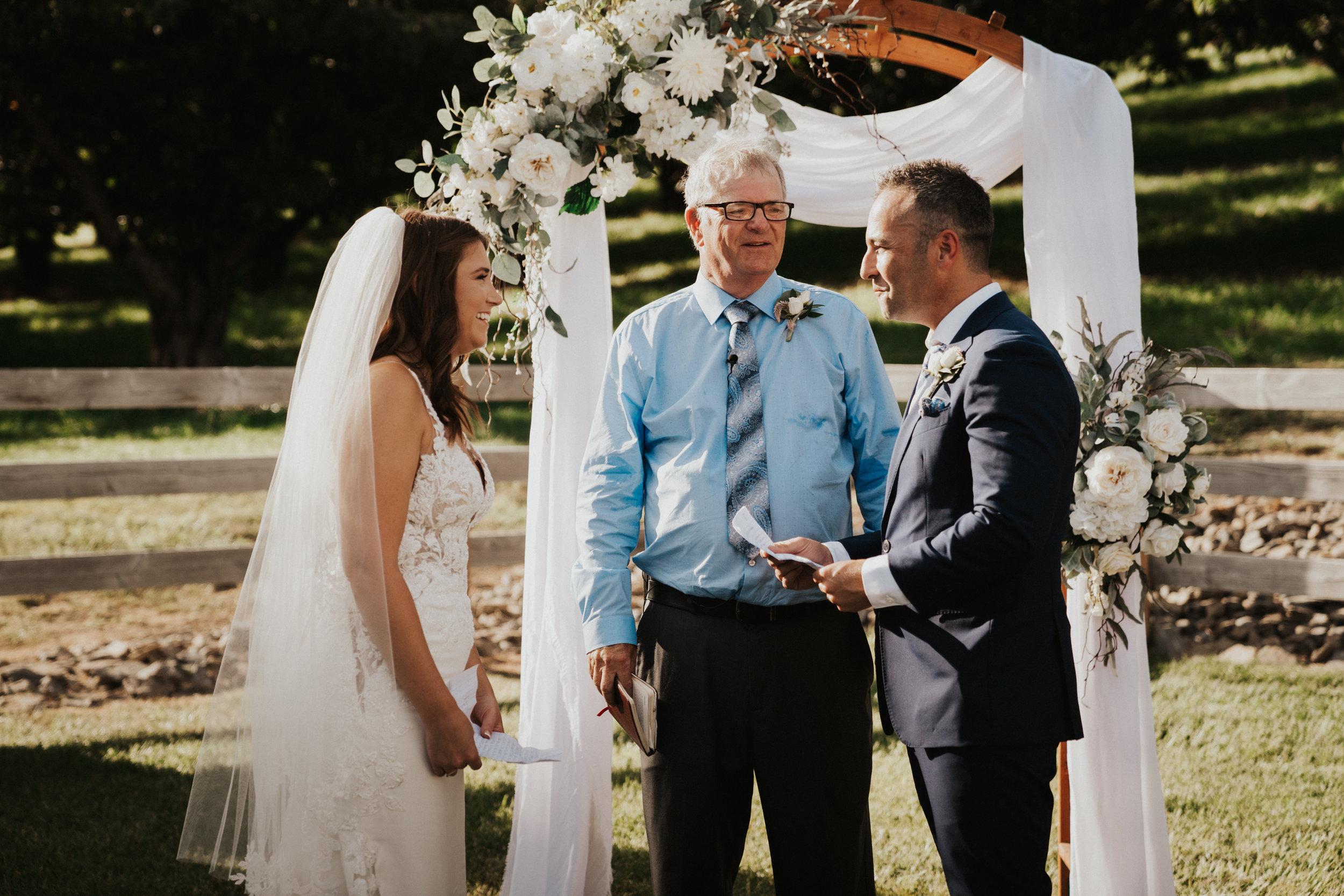 hampton-hideaway-wenatchee-wedding-50.jpg