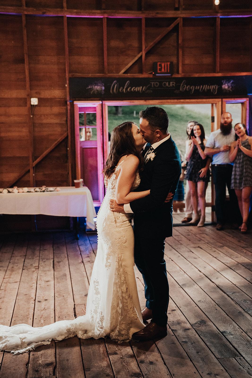 hampton-hideaway-wenatchee-wedding-508_websize.jpg