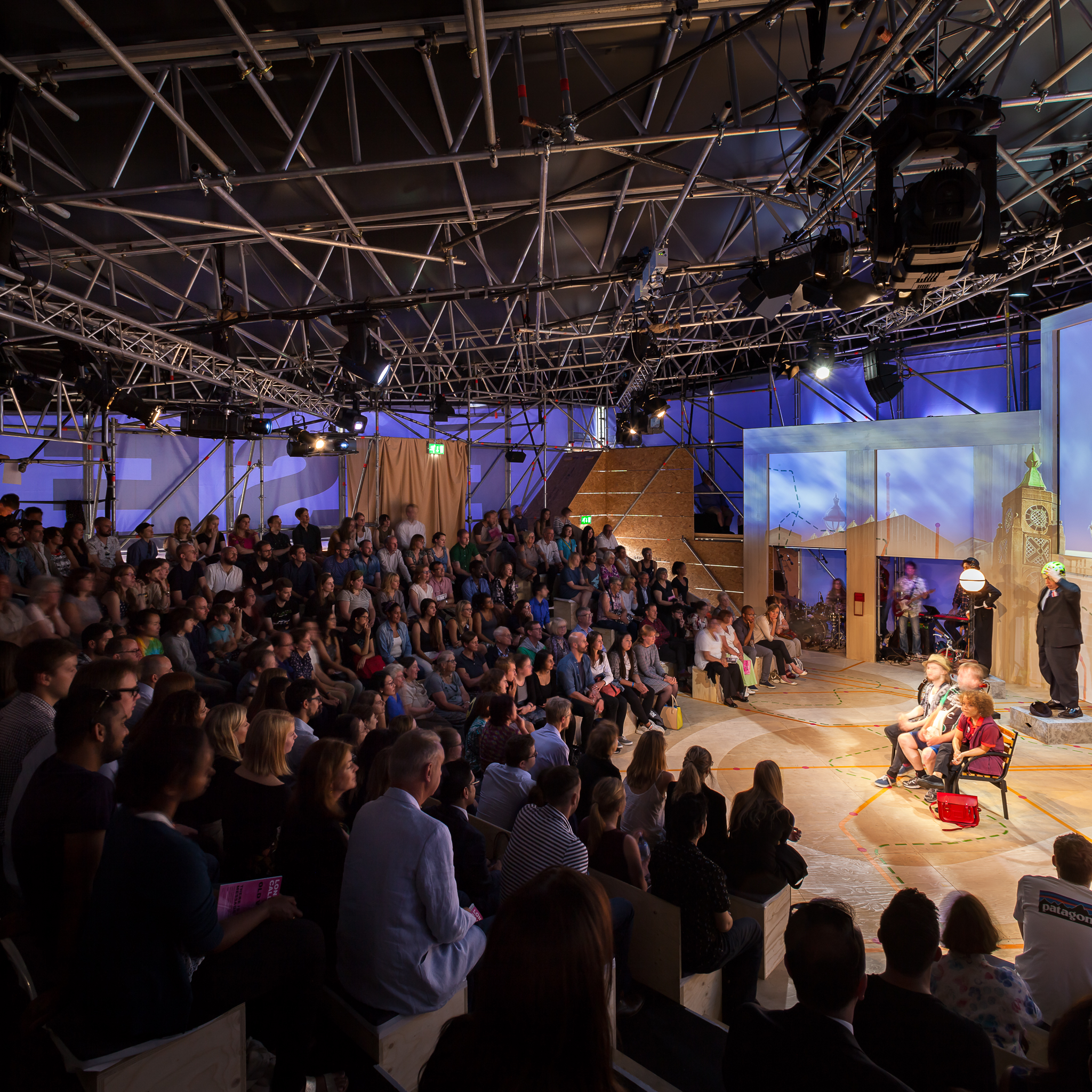 Polysemic-The-OVNV-Old-Vic-New-Voices-RISE Temporary-Theatre-Peter-Landers-Pano_9980_9983.jpg