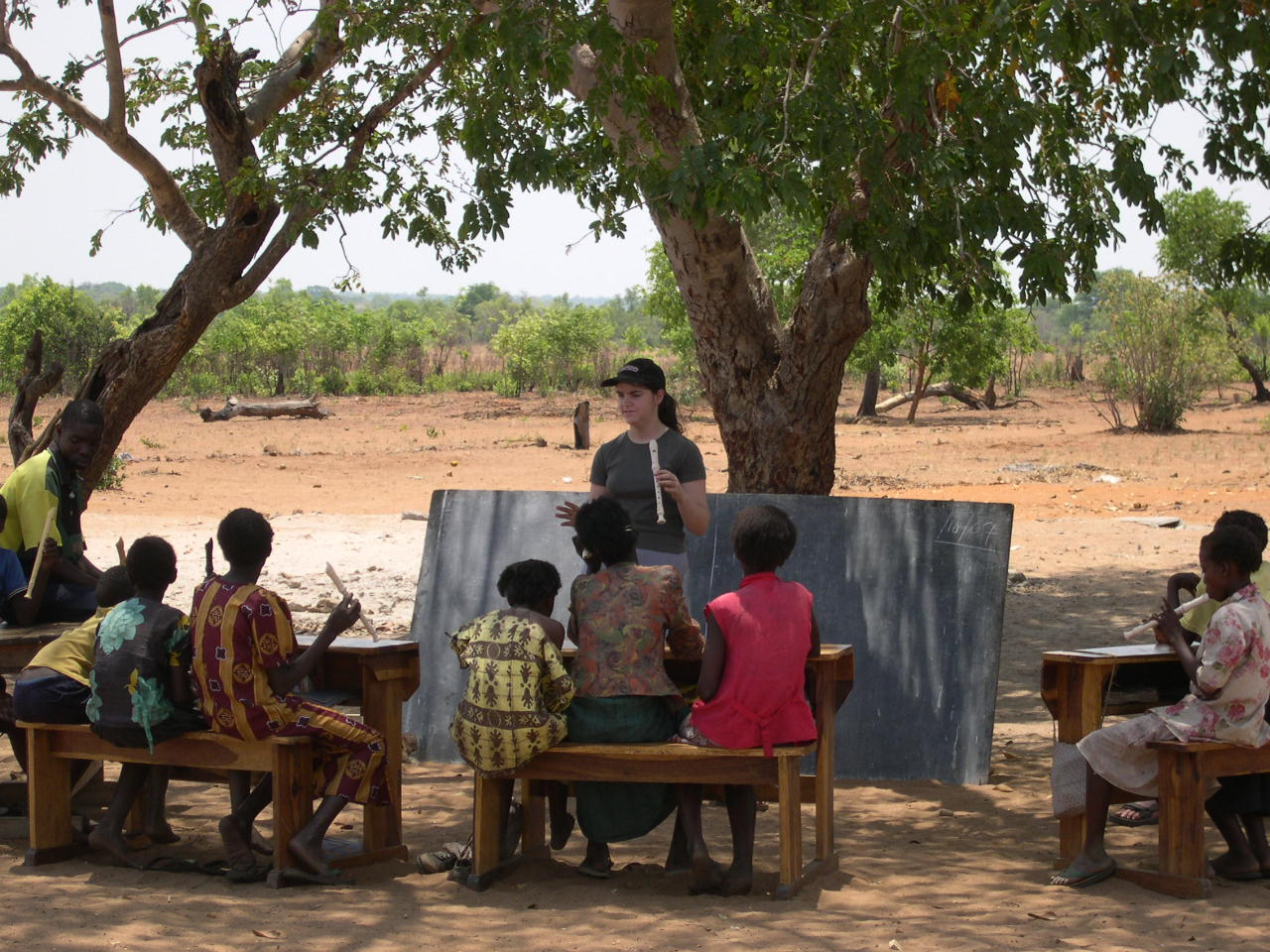 Teaching outdoors at Sankandi