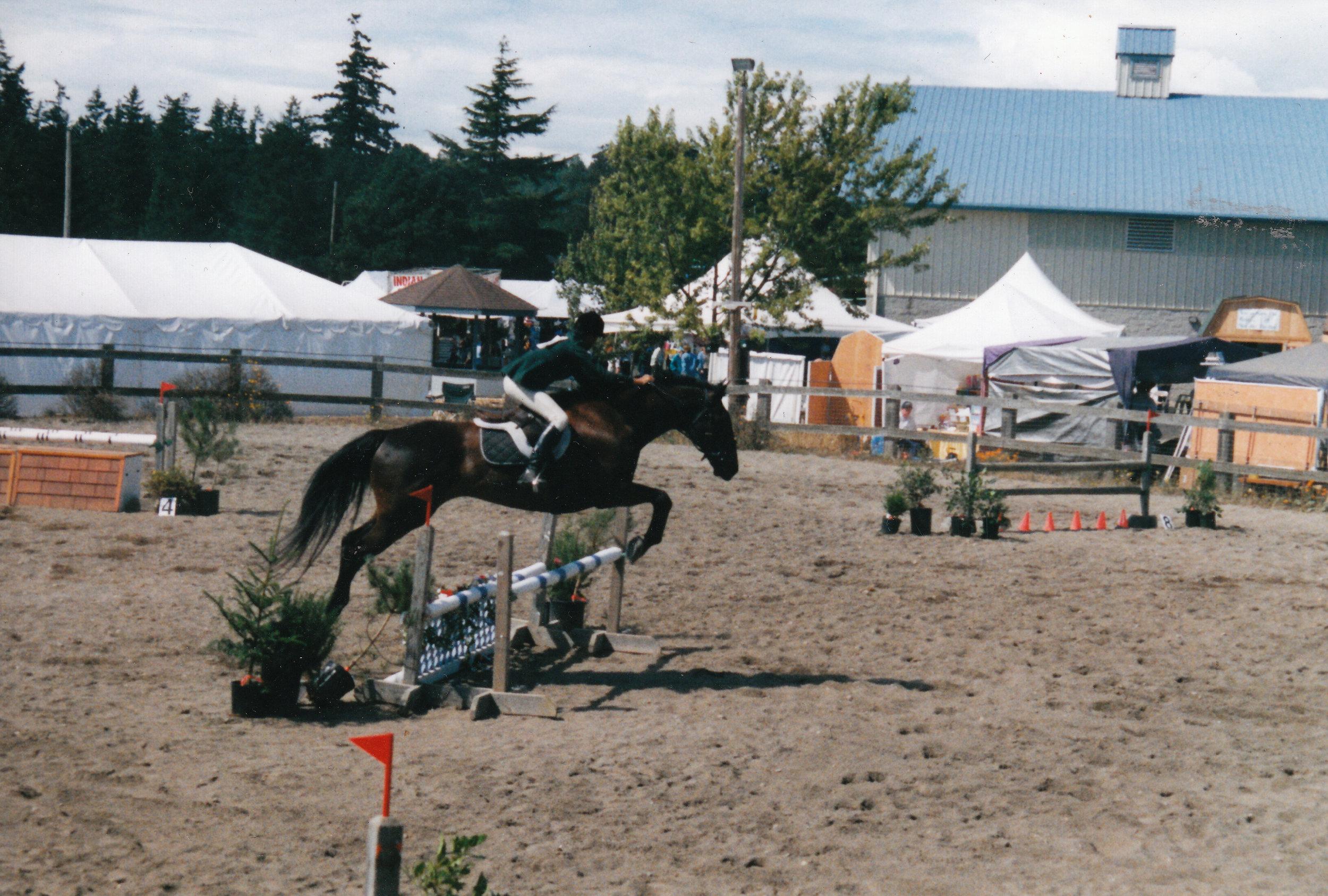 16drum.fair.01.jumping.jpg