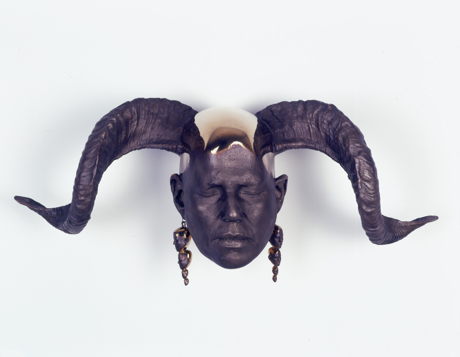 01_rams_head_wall.jpg