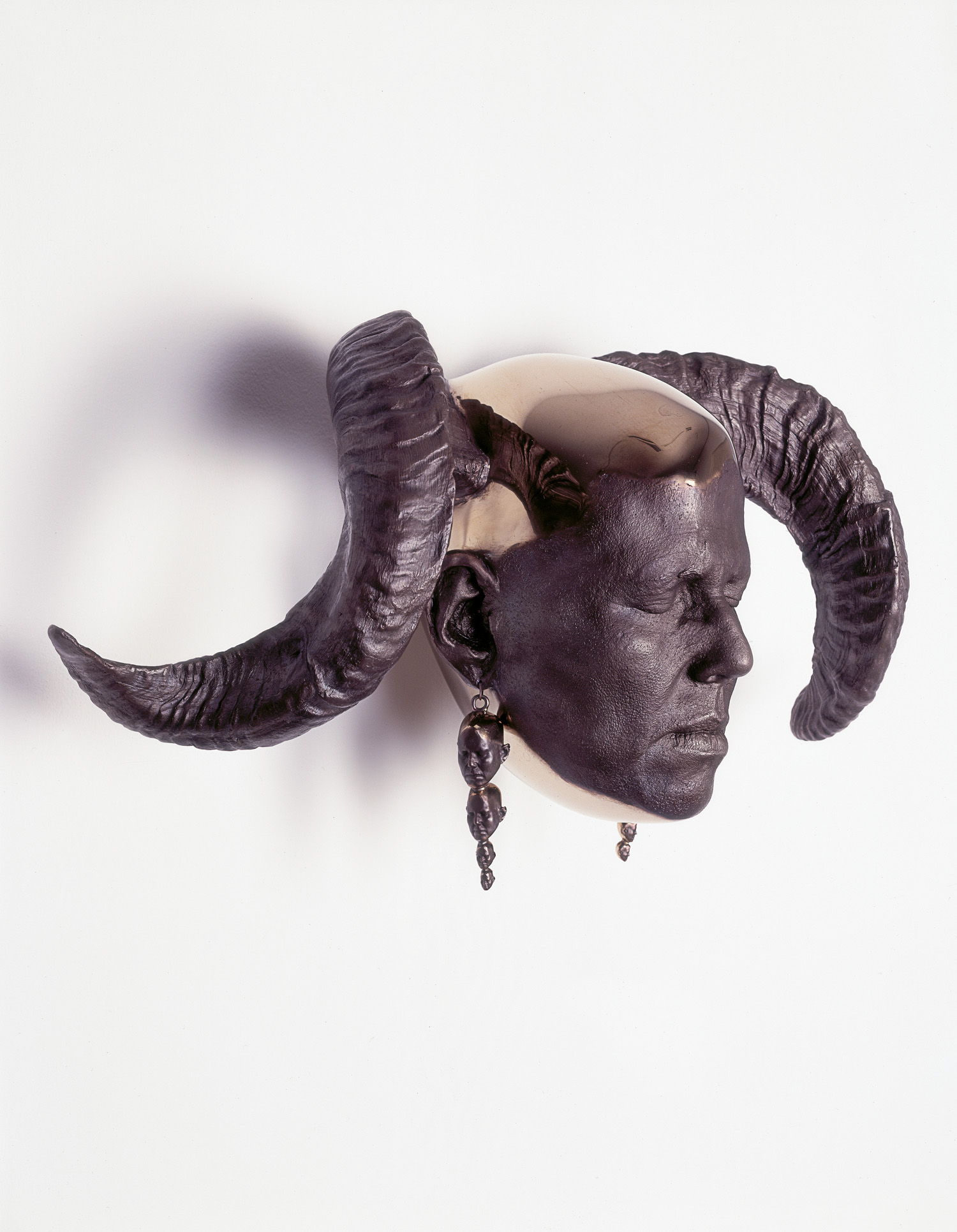 02_rams_head_wall.jpg