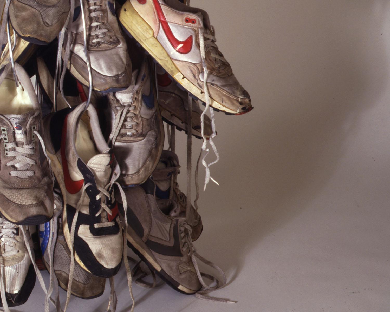 03_sneakers.jpg