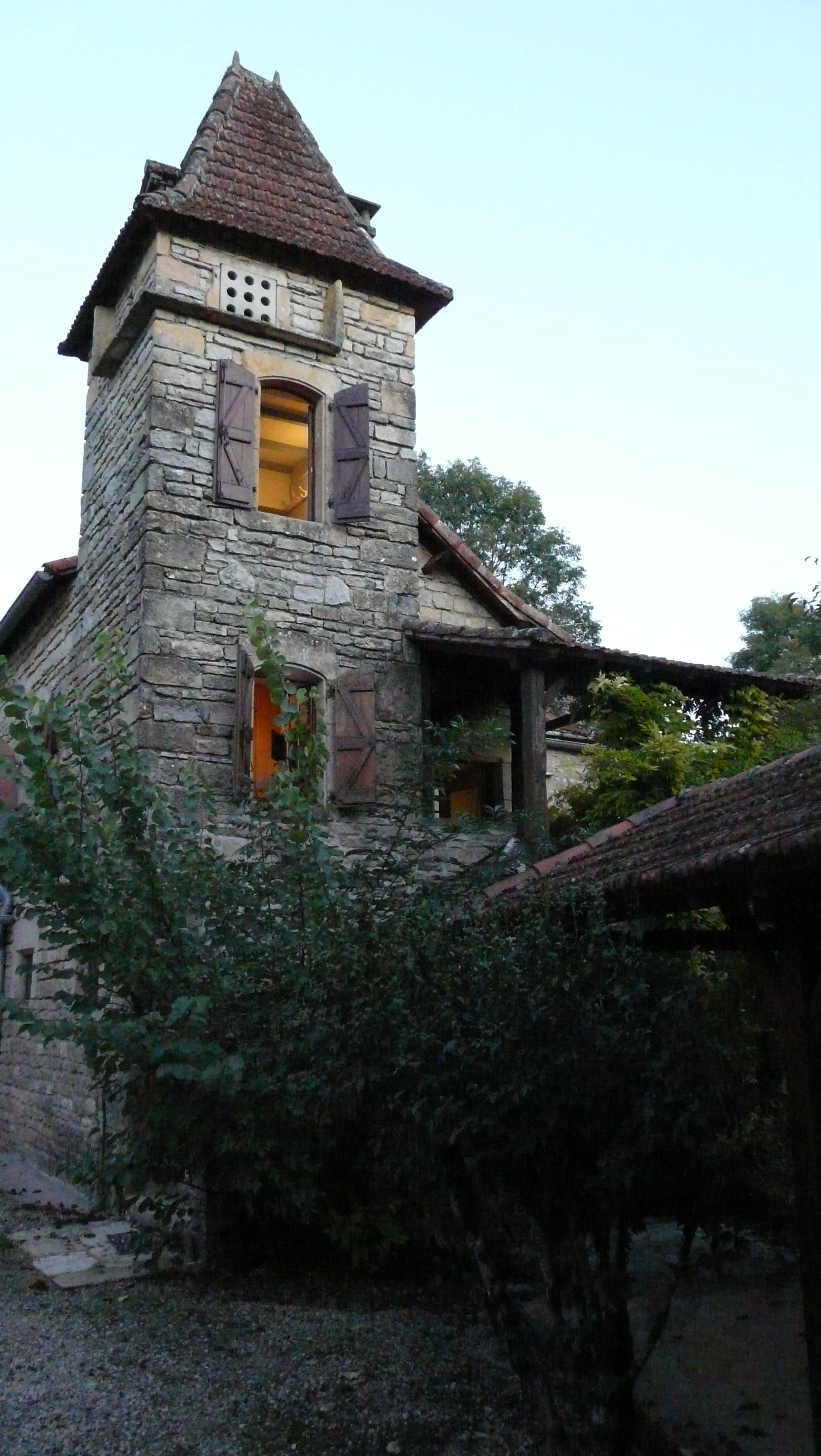 04 FAMILY HOME, PARISOT, FRANCE.JPG