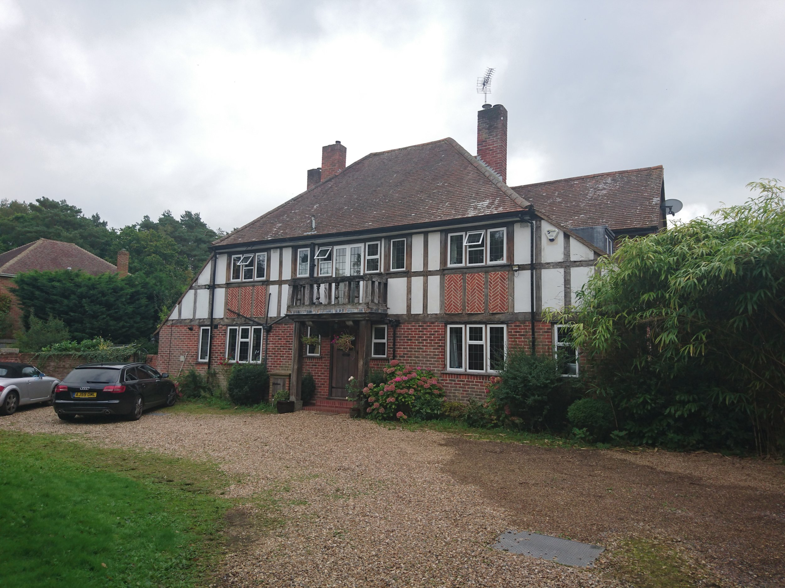 01 FAMILY HOME, HAMPSHIRE, UK.JPG
