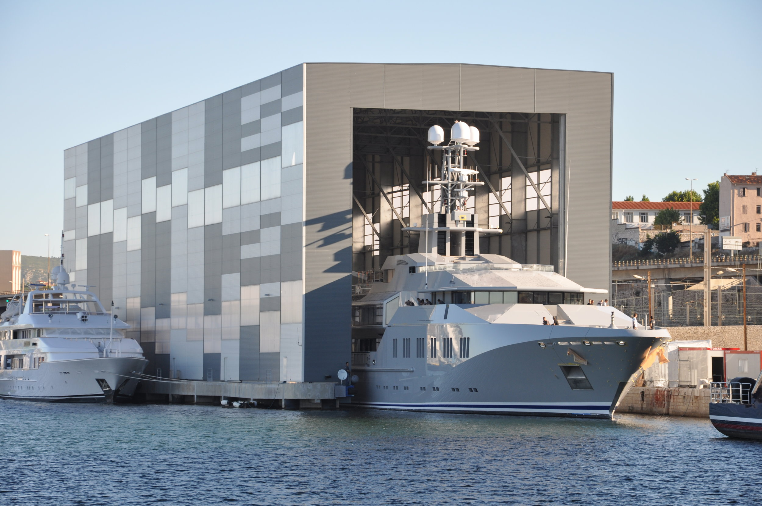 MARSEILLE_Refit-18-Water Shed.jpg