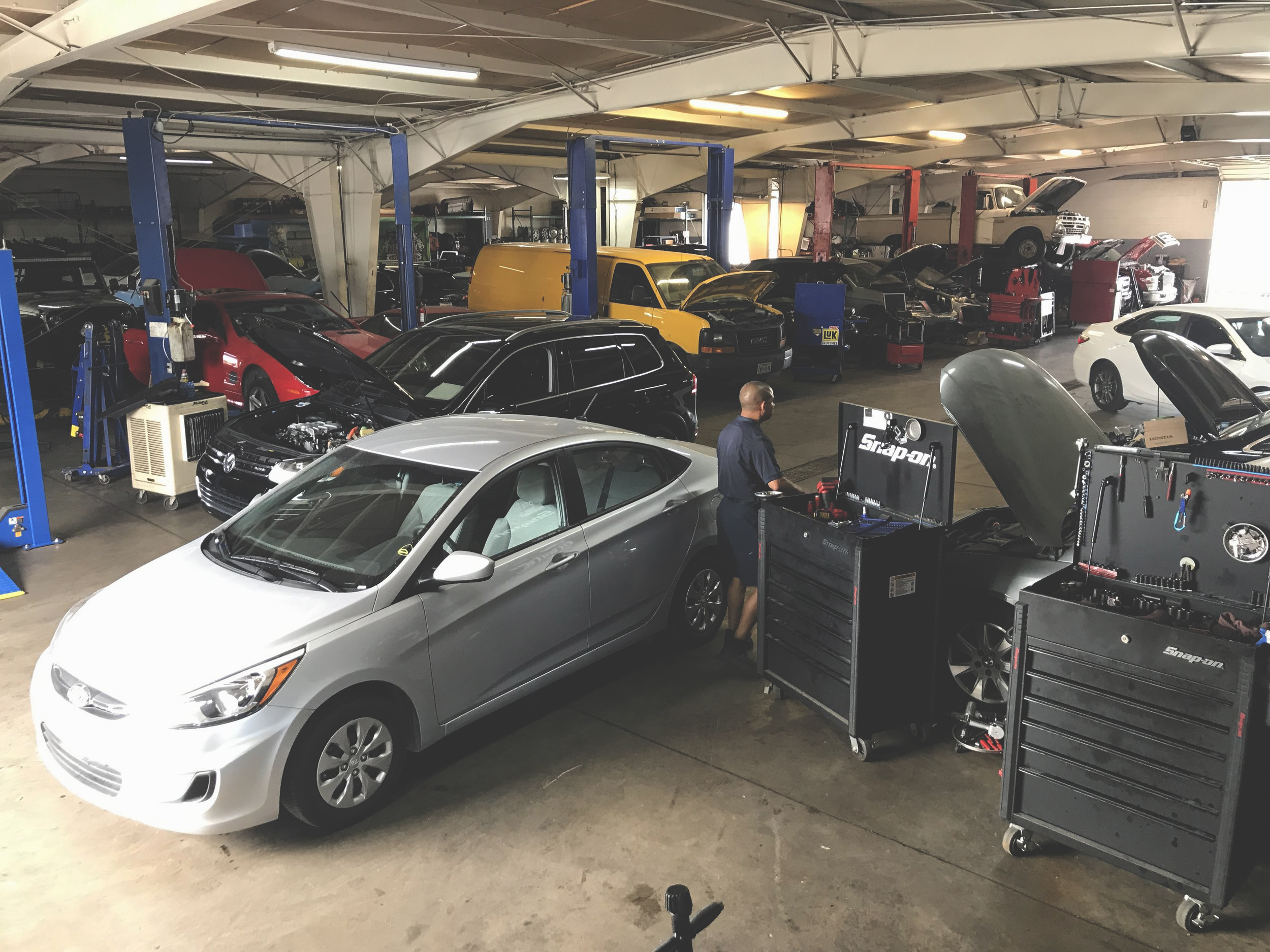 our services - Your vehicle has many systems that must work together in harmony to keep your car or truck running safely. Maintenance of those systems ensures a long and affordable lifespan for your vehicle. Keep your vehicle in great condition by making regular service appointments.