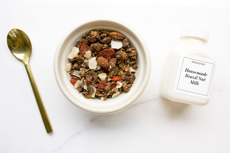 Double Cacao Granola with Brazil Nut Milk (VG)
